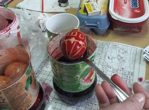 Hagyományos tojásírás